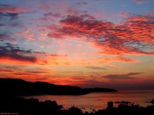http://www.wallpaperbase.com/landscape-sunrise.shtml
